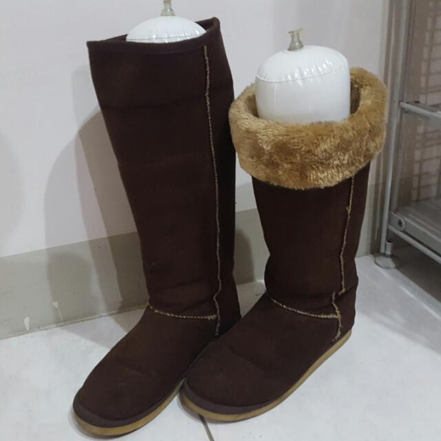 SU美鞋  內舖毛長統咖啡色雪靴 24號