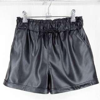 韓版百搭皮短褲