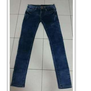 全新😊 牛仔褲 窄管褲