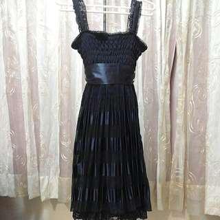 ((新年特賣免運)) 專櫃XING好質感深藍蕾絲緞面綁帶洋裝