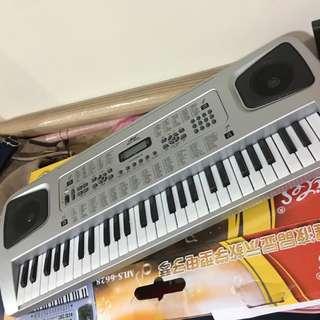 54鍵電子琴