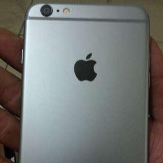 賣玻璃螢幕碎痕的I Phone 6 Plus 灰色16 G