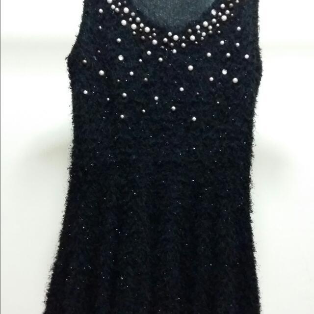 毛料黑色洋裝