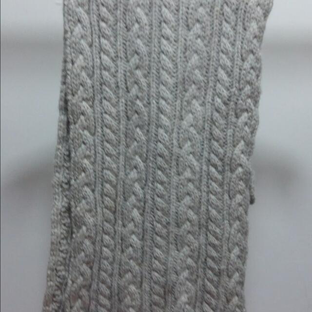 米色厚圍巾