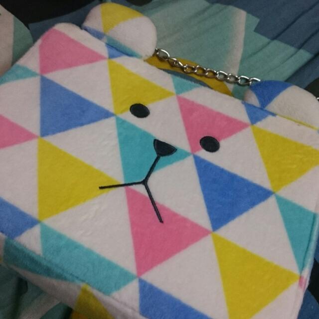 宇宙人三角熊珠扣包