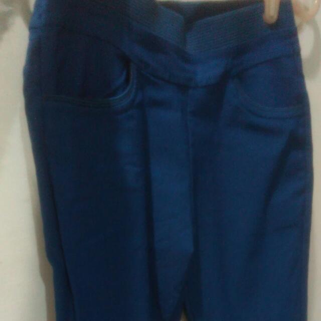藍緊身長褲