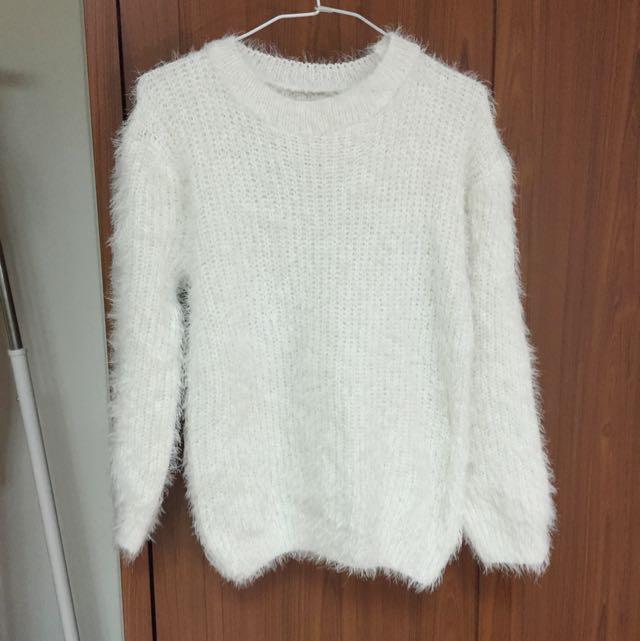 白色浪漫毛海毛衣