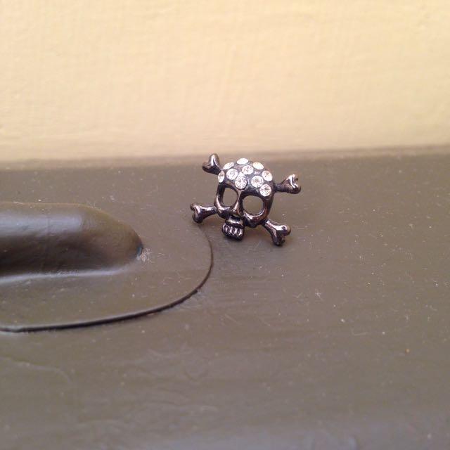 復古黑銅水鑽骷髏頭耳環 耳針