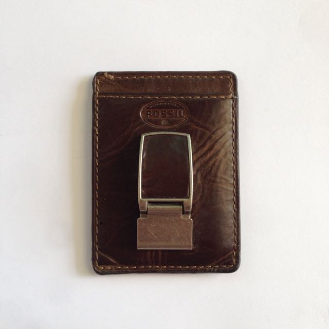 7dd98f58f23c Fossil Money Clip Wallet.