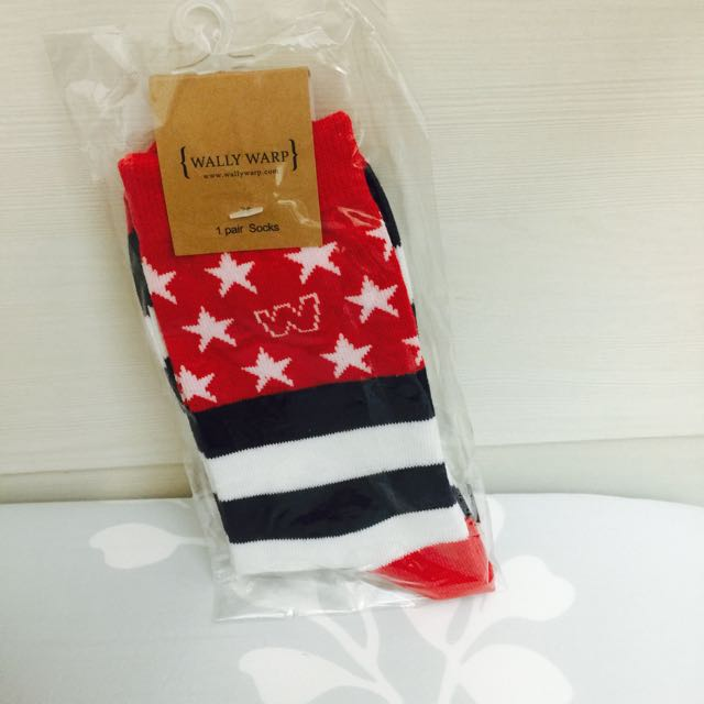 Wally 中筒襪