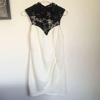 Hearts On Fire - White And Black Lace dress - Size 10