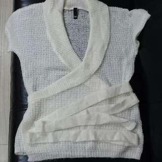 (全新)日本帶回H&M 大V領毛罩衫