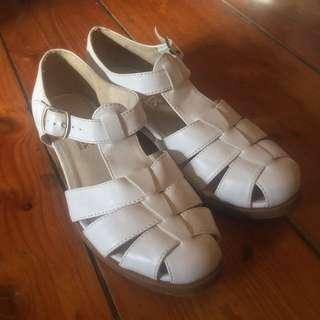 White Lipstik Sandals