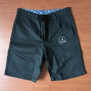 Flesh Imp Men's Black Berms Size 28