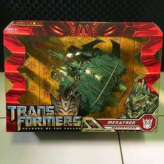 Transformers ROTF Voyager Class (Megatron)