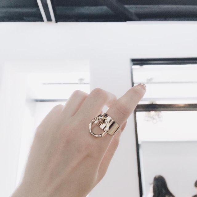 金屬單環戒指