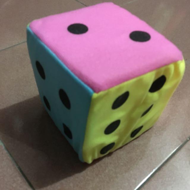 海棉彩色骰子