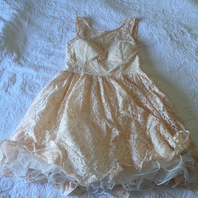 Size 16 Chi Chi Dress