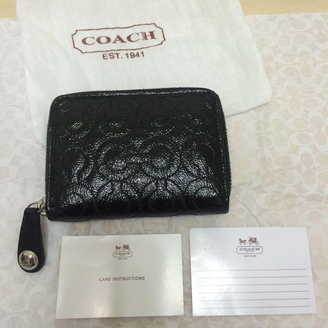 (保留中)特價含運-Coach 黑色 C Logo拉鍊短夾