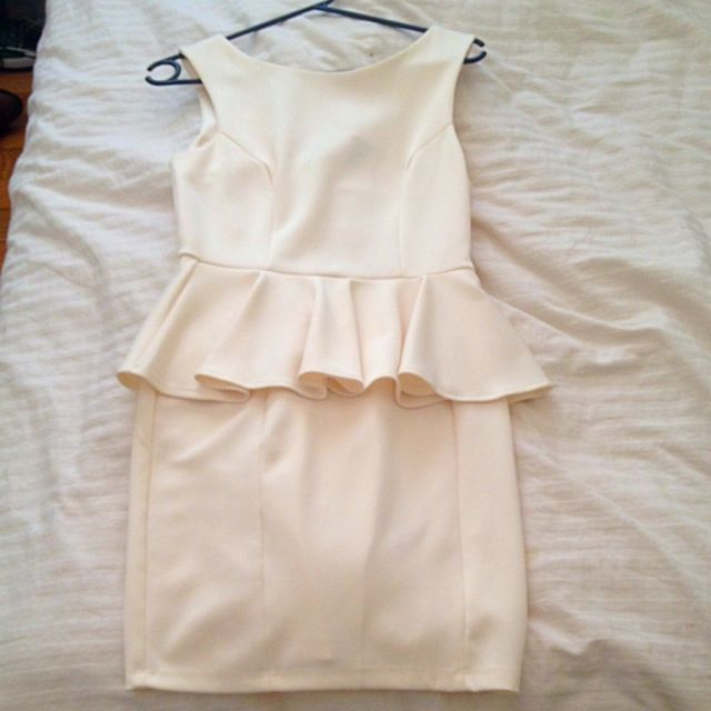 Cream Flair Dress!