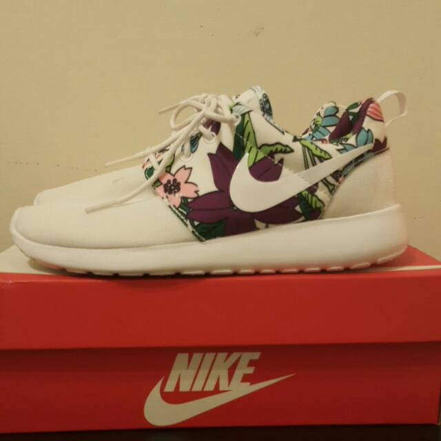 Nike Wmns Roshe Run One Print  慢跑鞋  女鞋
