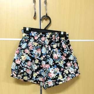 🎀可愛花花鬆緊短褲👖