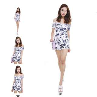 BNWT MDS Adelyn Romper In Florals