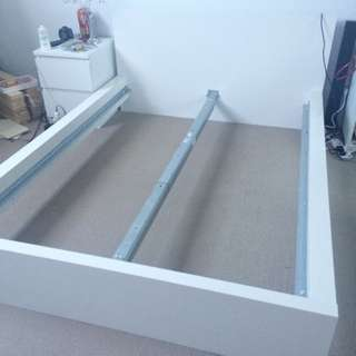 SALE : Double Size Bedframe