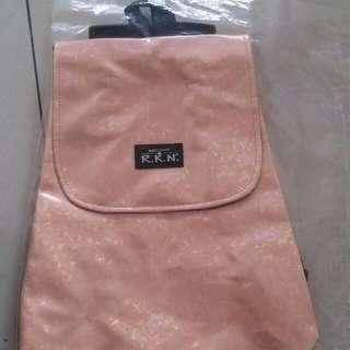 ✨特價✨超划算👍泰國包包 R.K.N質感好-後背包-全新