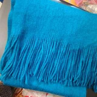含運)藍色圍巾