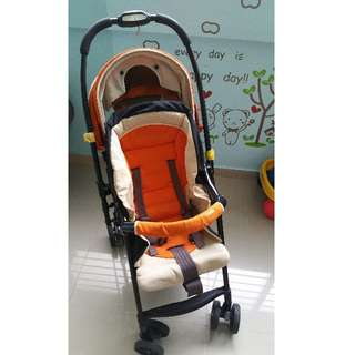 1 x Combi Stroller, 2 x car booster, 1 x baby car seat