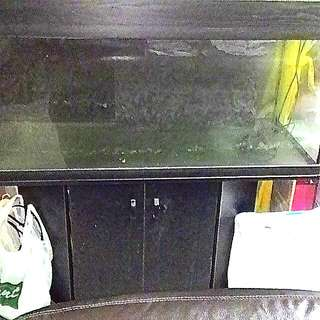 Fish Tank with Wooden Cabinet --- 4 Ft