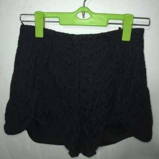 Lacey Highwaist Shorts