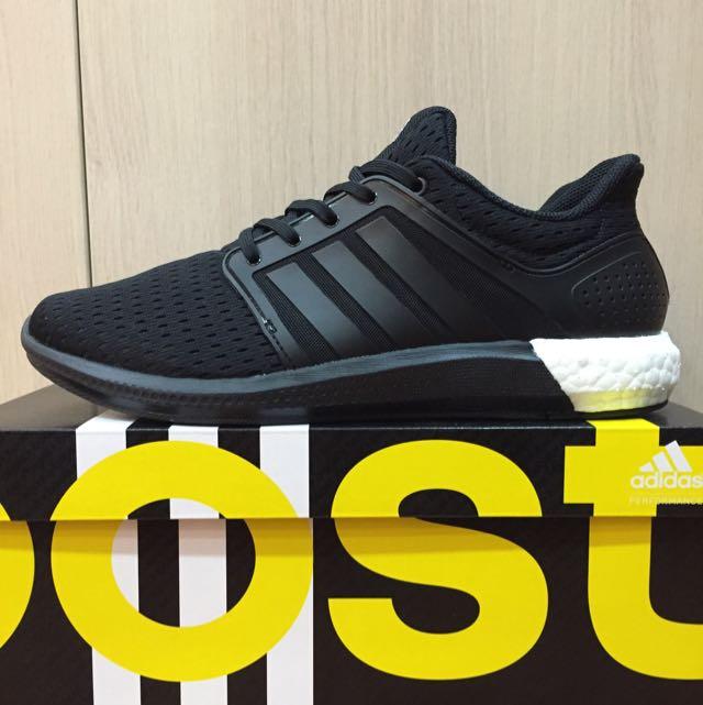 二手正品 Adidas Solor Boost us9號 全黑