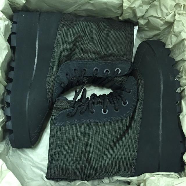 Adidas Yeezy  950 黑