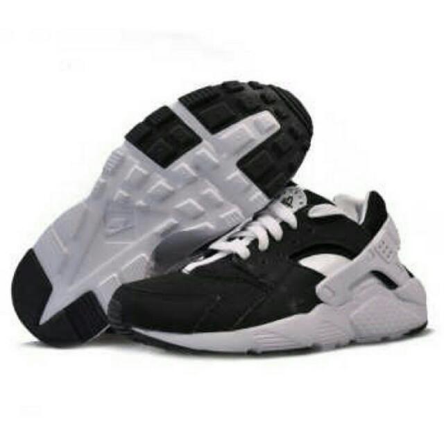 週年慶特價:全新熊貓色Nike air huarache