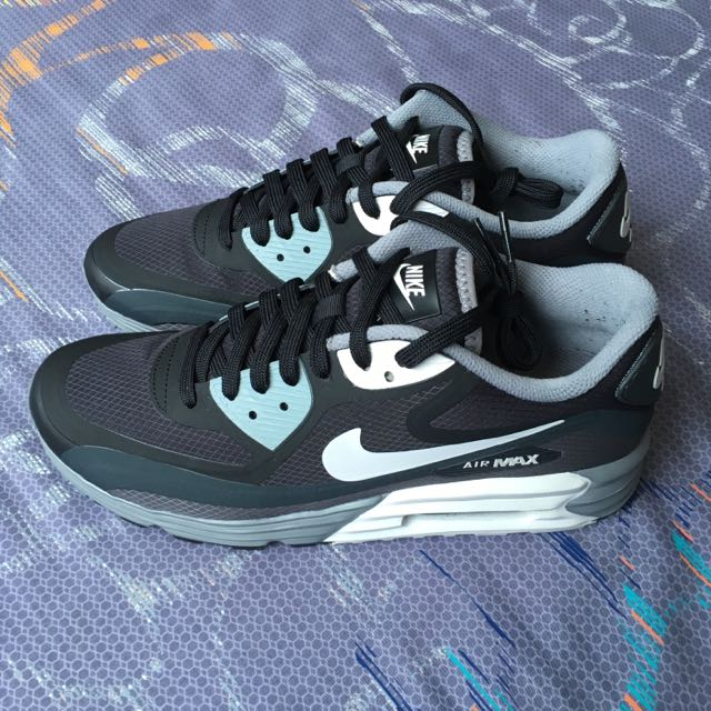 subasta fútbol americano Londres  Nike Air Max Lunar 90 WR US 7.5, Sports on Carousell