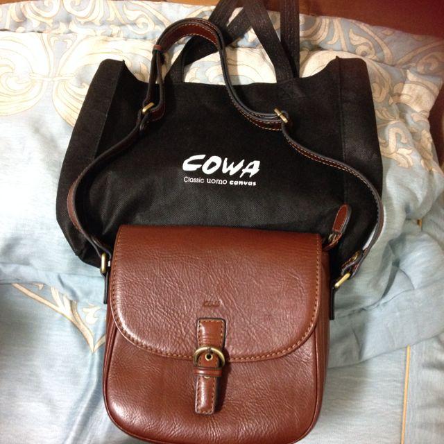 [9.5成新]COWA馬蹄包 牛皮包 真皮包 斜背包 側背包 手提包 非 Kinaz Poter