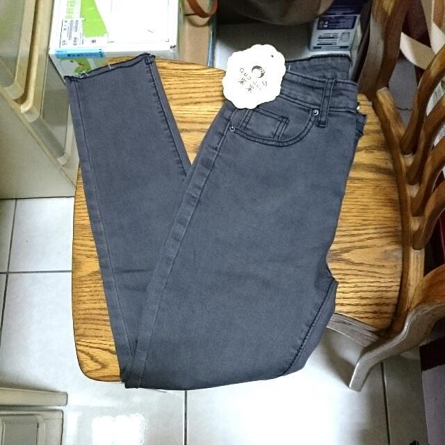 (全新免運)牛仔褲