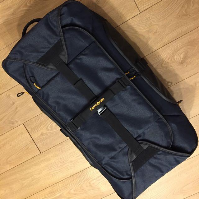 [二手] [8成新] [台灣沒有賣] Samsonite Duffle Bag~ 軟行李箱100.5公升(牛仔藍)