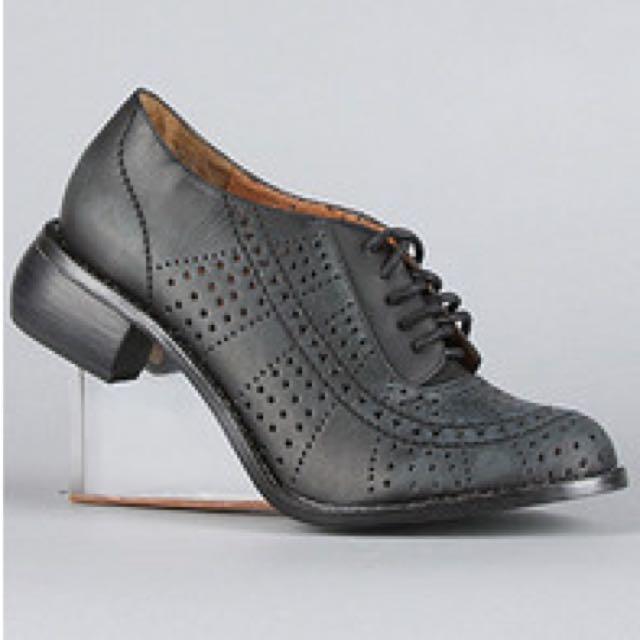 8fcbd1ffabf Jeffrey Campbell Perspex Oxford Heels, Women's Fashion on Carousell