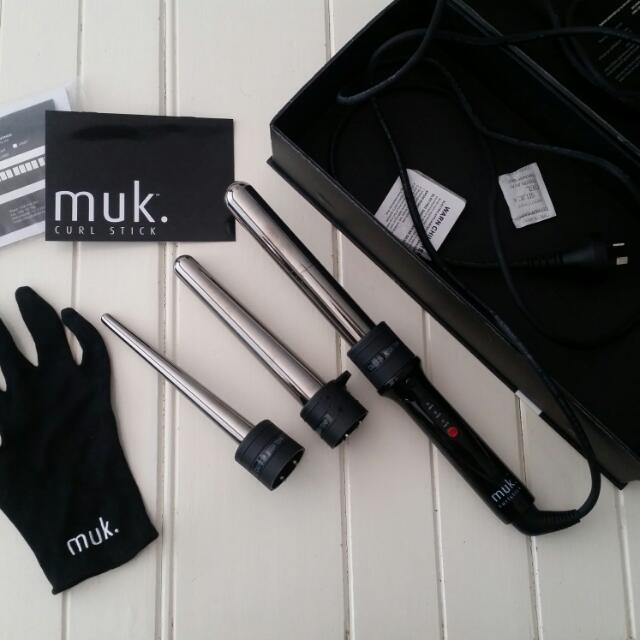 Muk Curl Stick - Used Twice. Brand New Condition. With Box And All Accessories.