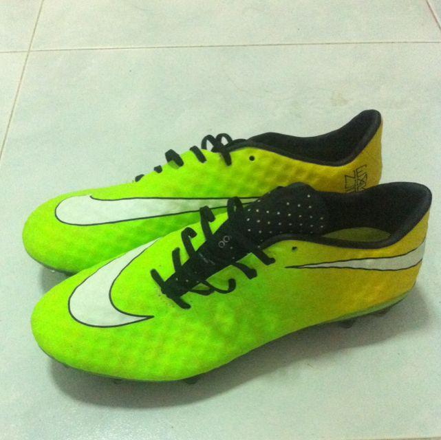 bas prix c76b9 494b5 Nike Hypervenom Neymar
