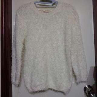 🚚 全新。毛海毛衣。