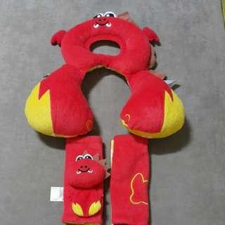 二手 Benbat 寶寶旅遊頸 小龍0-12m跟安全帶套一起賣