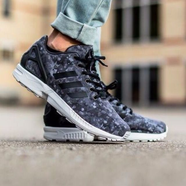 6263f5c22 Adidas Zx Flux x WHITE MOUNTAINEERING Camo Dark grey