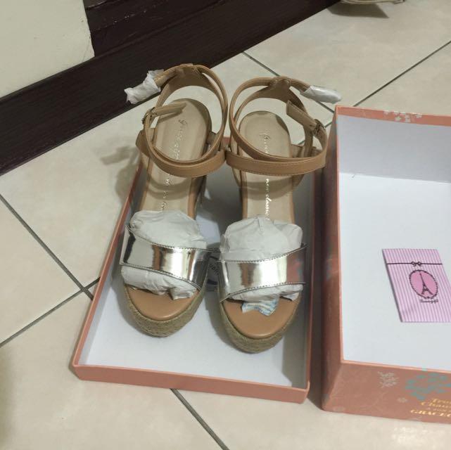 Grace Gift 全新 交叉裸帶麻編楔型涼鞋 金色 23.5cm
