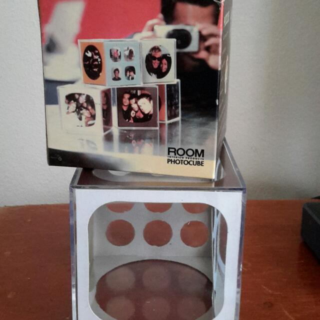 Photo Cube Frame