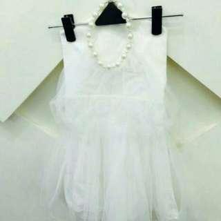珍珠繞頸小洋裝