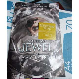[Preloved] The Jewel by Emily Ewing